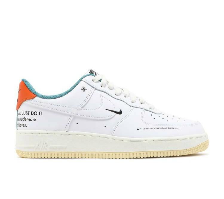 Nike Air Force 1 '07 LE 'Starfish'